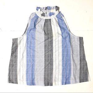 Ruffle Collar Sleeveless Shirt
